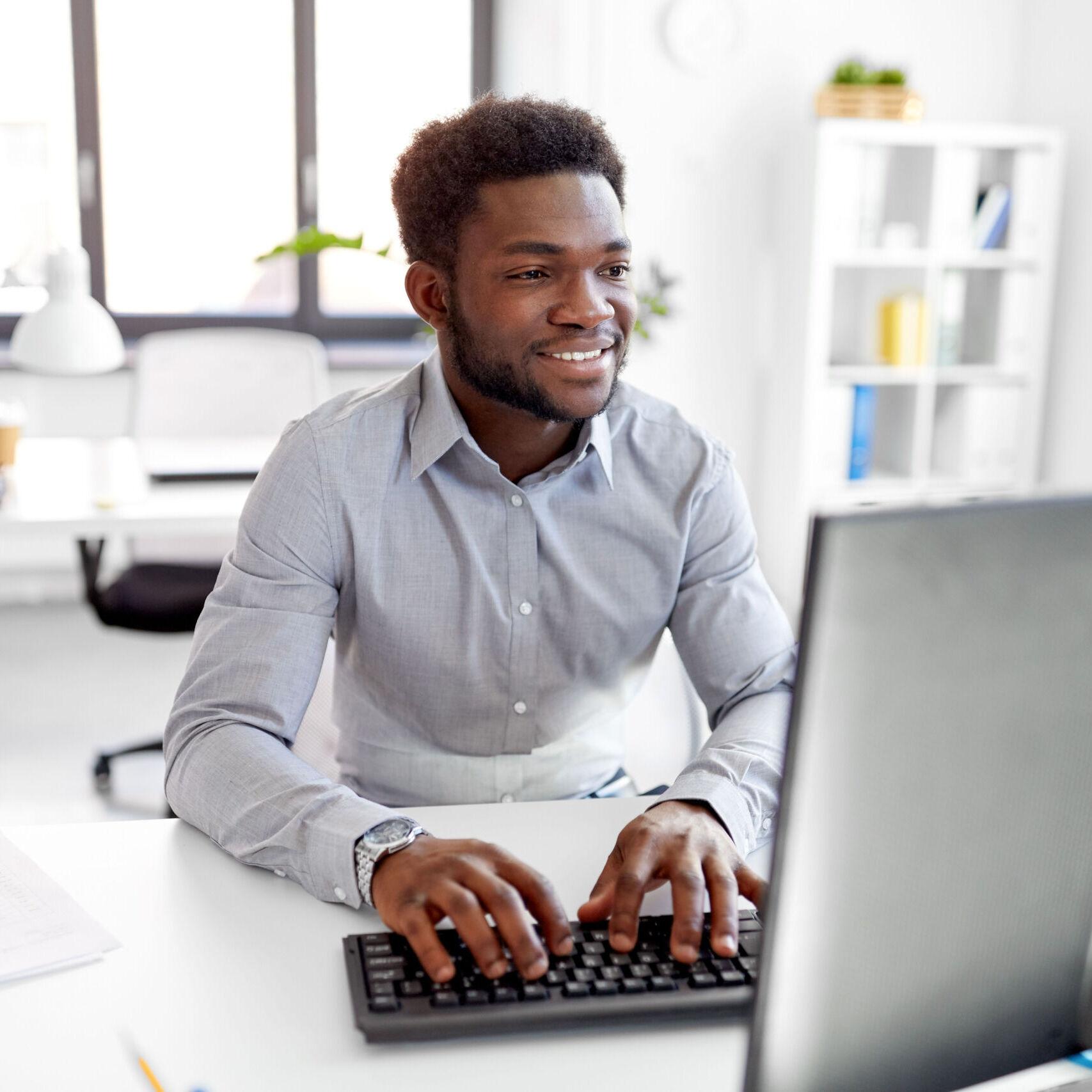 content-management-guy-at-laptop-